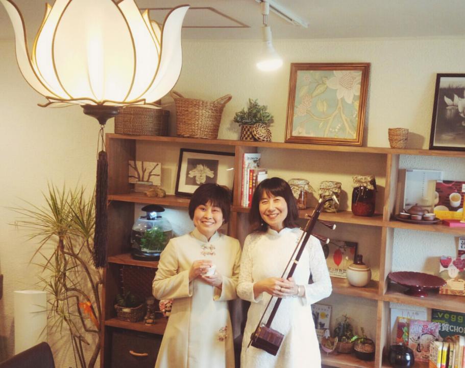 二胡と中国茶コンビ